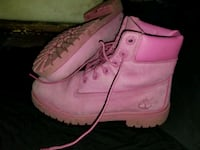 10/10 Condition Timberland Boots Size5 In Girl's Surrey, V3R 5E2