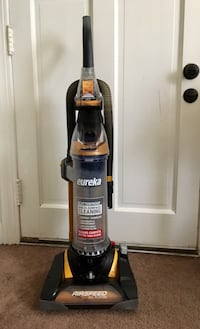 black and red Hoover upright vacuum cleaner Louisville, 40217