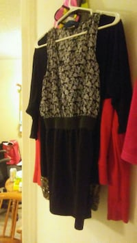 women's black and white long sleeve dress Vancouver, V5K 2A9