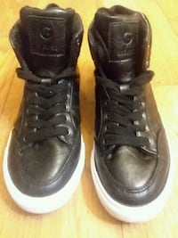 pair of black leather high-top sneakers Murray, 84107