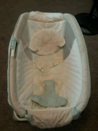 baby's white and gray bouncer Harlingen