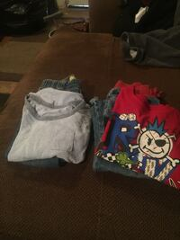 Boys2t-3t all 6$ Barstow, 92311