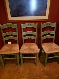 3 painted wood chairs Bristow, 20136