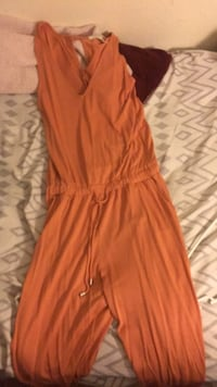Forever 21 jumpsuit size small  El Centro, 92243