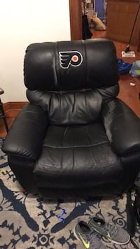 black leather padded recliner chair Washington, 20001