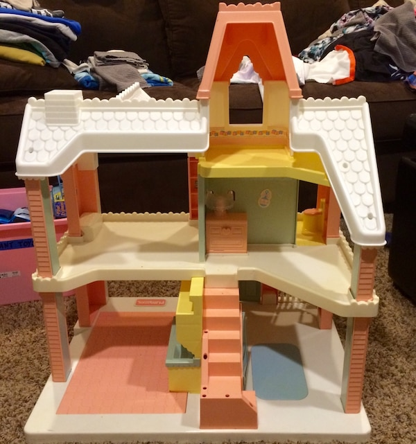 Used Vintage 1991 Playskool Victorian Dollhouse For Sale In Berkley