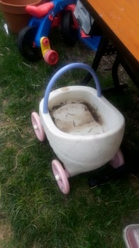 Little tike baby carriage for baby dolls