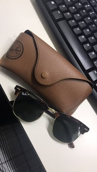 black Ray-Ban wayfarer sunglasses with case 2410 mi