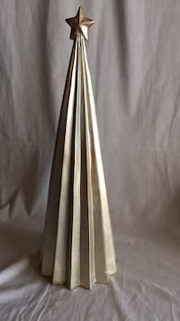 Fluted Ceramic Christmas Tree Cut Off, 70345