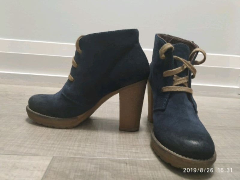 Women Browns navy suede booties 65c5d102-8e7e-4ffe-9acb-b92b1288d371