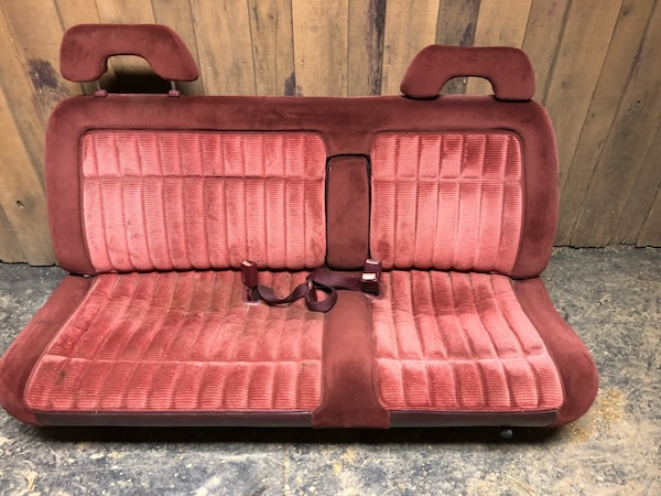 Remarkable Chevy Bench Seat 1989 1998 Good Condition No Rips Caraccident5 Cool Chair Designs And Ideas Caraccident5Info