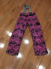 Snow pants youth size XL  Burlington, L7L 2Z7