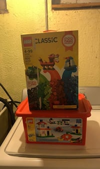 Classic LEGO comes with the case as well Warren, 48093