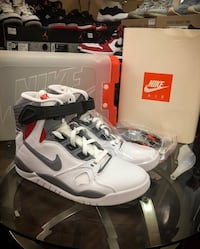 DS Nike Air Pressure size 9