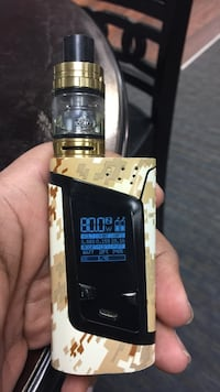 black and gray digital camouflage variable box mod