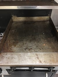 Commercial stove, grill, oven, broiler combo unit Macon