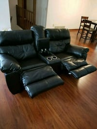 Leather couches Kennesaw, 30152