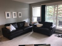 black leather 3-seat sofa Edmonton, T5H 4M1