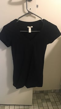 Black V Neck Ottawa, K2C 3L5