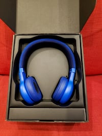 JBL E45BT headphones