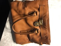 Large Michael Kors camel/brown purse Saint Peters, 63376