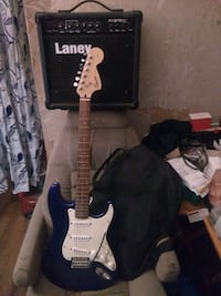 Fender/Squire Stratocaster Electric Guitar Package