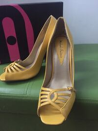 Size 6 price is negotiable:)  Mississauga, L5A 3Y3