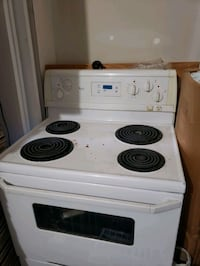 Whirlpool electric stove  Mississauga, L5B