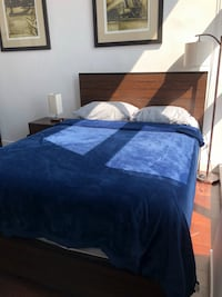 blue and white bed sheet Los Angeles, 90015