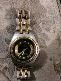 round silver-colored analog watch with link bracelet Louisville, 40258