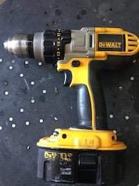 Yellow and black dewalt cordless power drill Milton, L9T 2X7