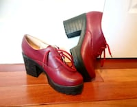 Size 8, Red Chunky Heels