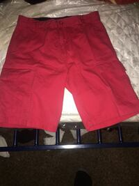 red and black Nike shorts 2289 mi