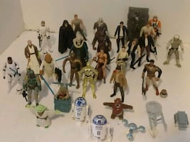 31 PIECES COLLECTIBLE STAR WAR FIGURINES. 93 TO 97
