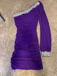 Homecoming dress size small Bellevue, 68005
