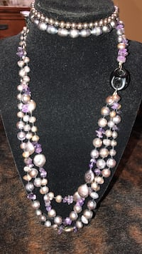 Iridescent neckless and two bracelets. A must see   Grand Rivers, 42081