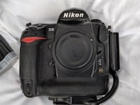 NIKON D3 PACKAGE. FOR SALE  Florida