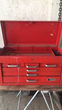 Sturdy Lumidor tool chest Hemet, 92545