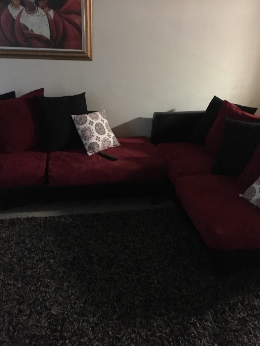 Red Leather Sofa With Throw Pillows : Used Black leather red padded 3-seat sofa with throw pillows in Riverdale