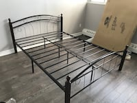 Wood and metal beds on sale 多伦多