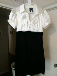 Womens dress size 3 Los Angeles, 91304