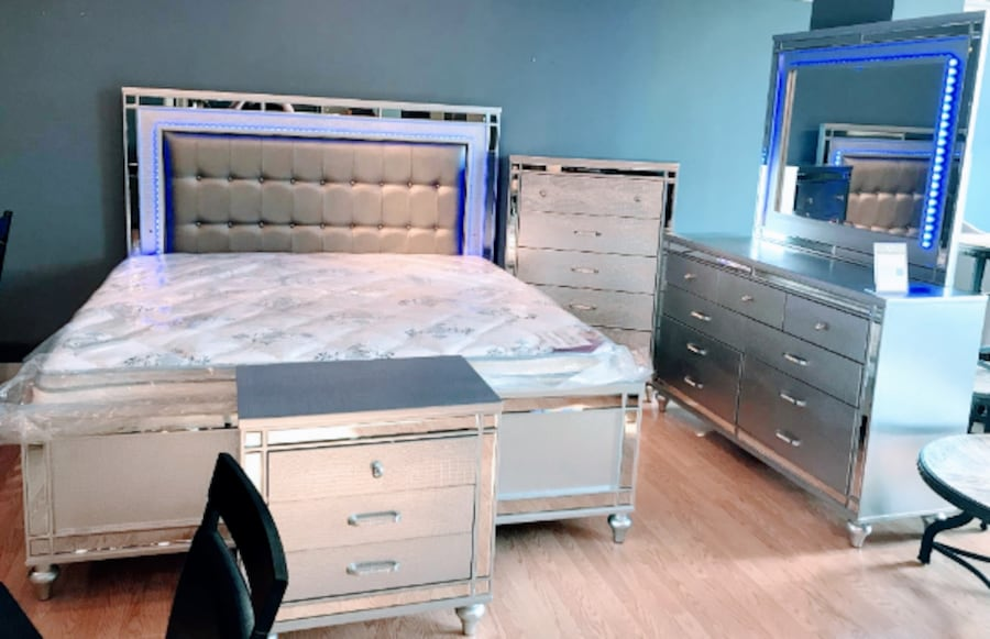 """HUGE SALE**GLAM LED Queen BED """"NOT SET"""" $599 King BED $799 ** Sets ALSO available ced2d070-6a3a-4f45-ba15-73a45c836690"""