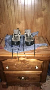 two gray metal candle holders Bessemer City, 28016