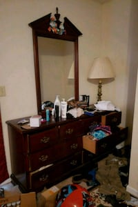 MOVING TOMORROW MUST SELL!!! 7 draw dresser with mirror Birmingham