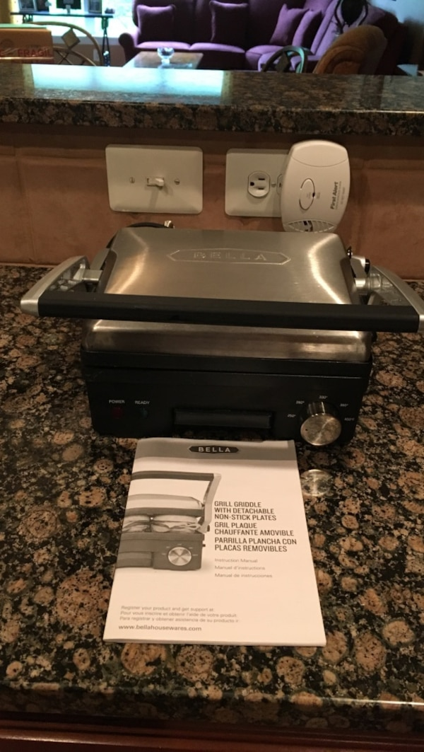 Gray and black Bella grill griddle