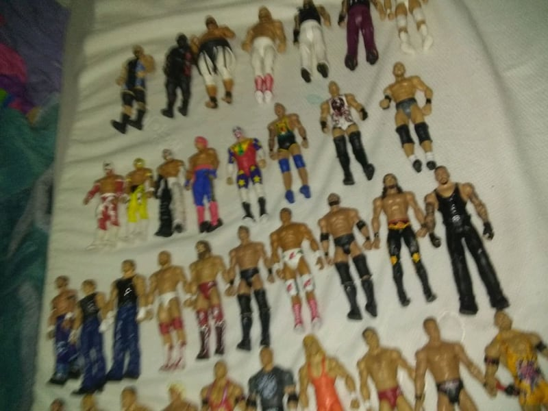 35 wrestlers action figures 26713a07-b359-43a8-a578-985c1f330d77