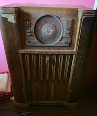 Old antique 1940s crosley radio Augusta, 30907