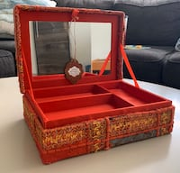 BRAND NEW - Jewelry box Burlington, L7P
