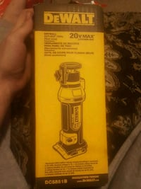 Dewalt 20v drywall cut-out tool London, N5V 1Y9