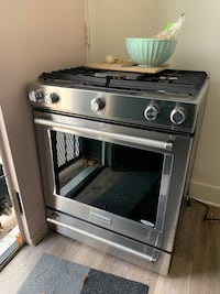 "30"" Kitchenaid Gas Range"